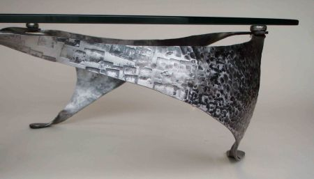 trisail table with power hammered finish